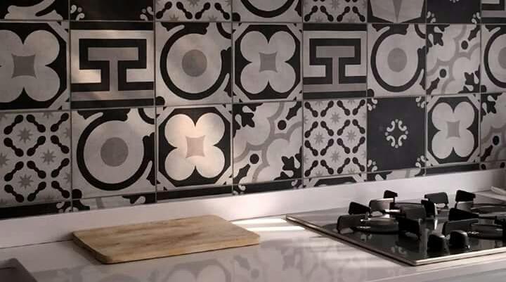 Banyo ve Mutfağınızı Desenli Karo ile Dekore Edin