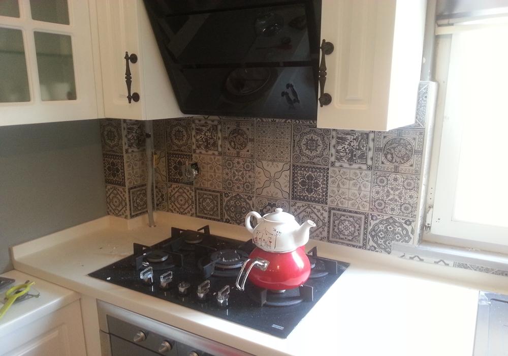 mutfak tezgah arası desenli karoları