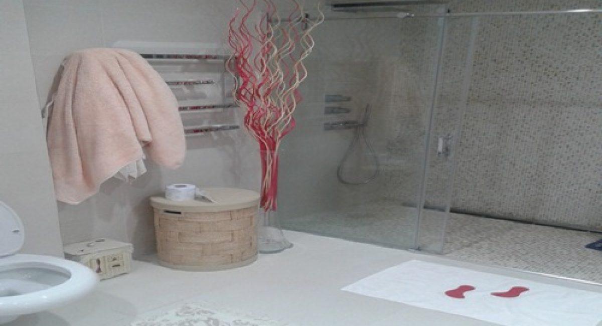 Banyo Fayansı Zemin Renkleri ve Seramik Tasarımları (5)